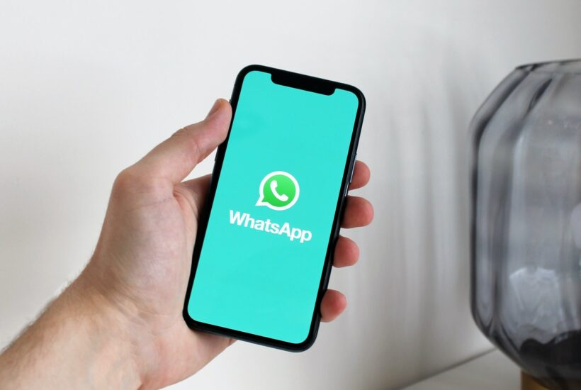 WhatsApp tidak akan kompatibel pada Android dan iPhone ini mulai tahun 2021